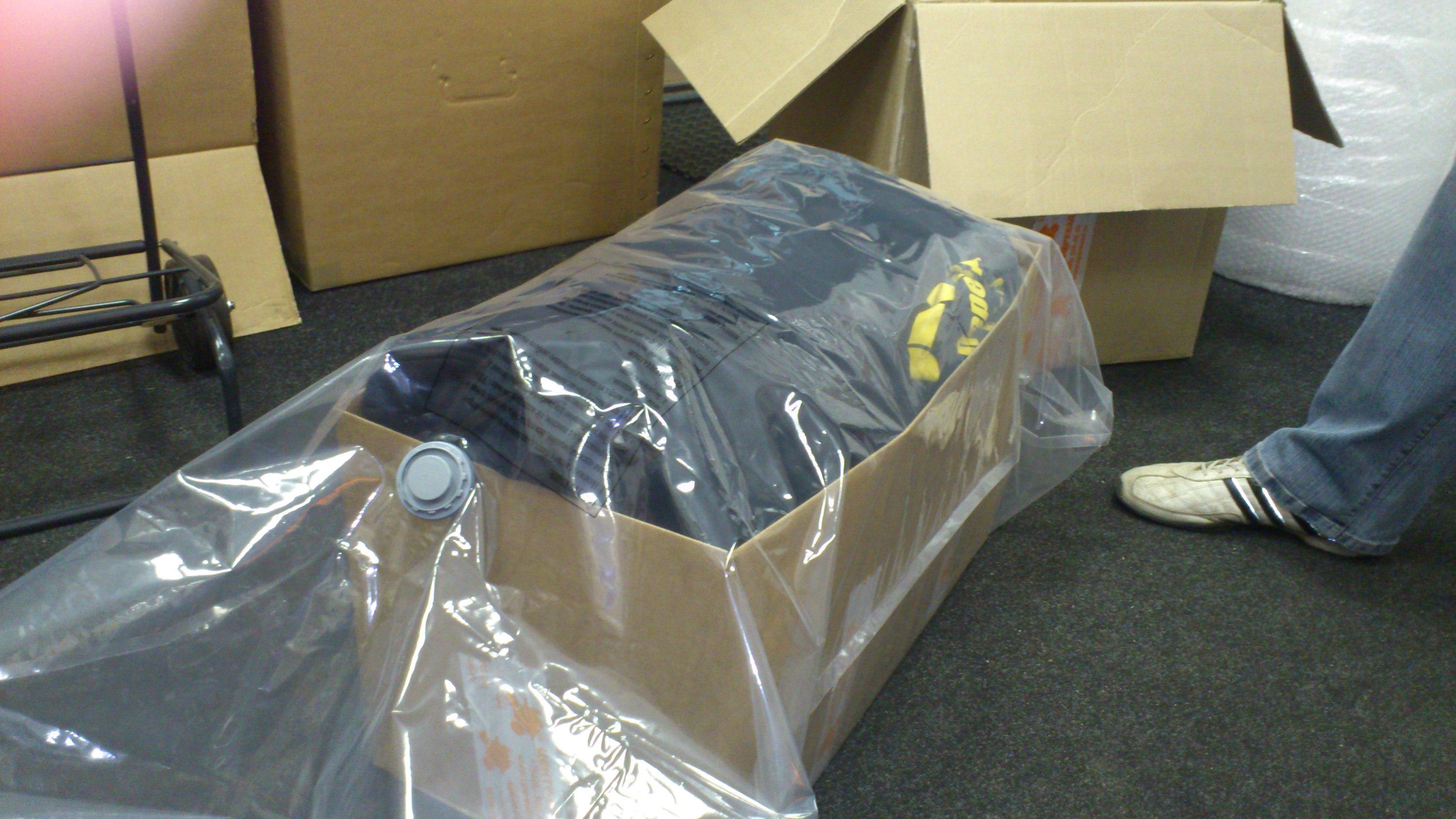 Как сделать юбку из мусорных пакетов / Всё о рукоделии! 81